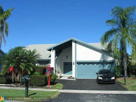 8601 NW 52nd Ct - Photo 1