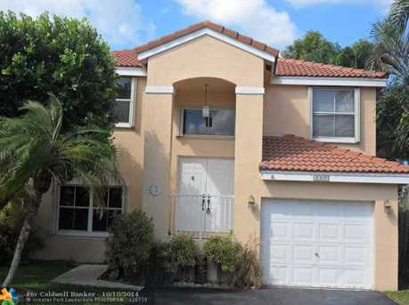 8385 SW 42nd Ct - Photo 1
