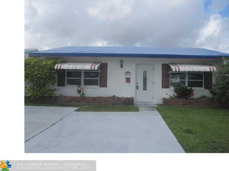 5711 NW 81st Ter - Photo 1