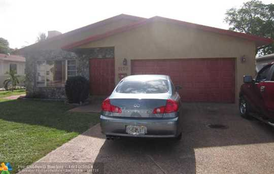 3170 SW 13th St - Photo 1