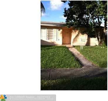 4521 NW 34th Ct - Photo 1