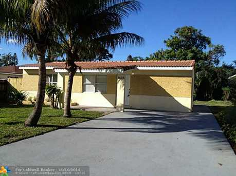 1625 NW 7th Ave - Photo 1