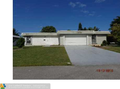 7101 NW 66th St - Photo 1