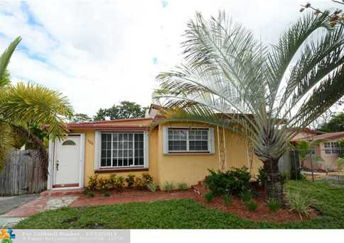 1126 NW 7th Ave - Photo 1