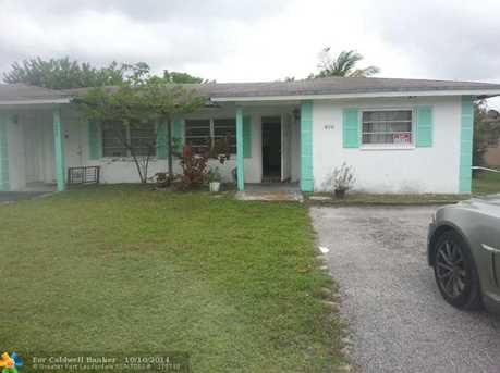 1490 NW 20th St - Photo 1