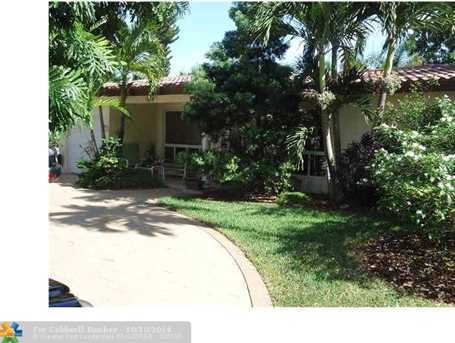 2936 NW 9th Ter - Photo 1