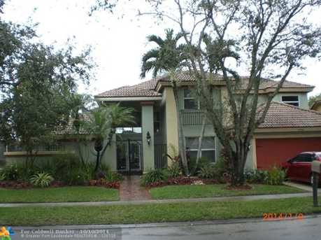 10941 NW 18th Ct - Photo 1