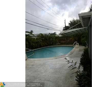 3231 SW 19th St - Photo 1