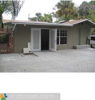 1122 SW 6th St - Photo 1