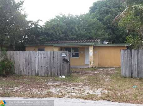 1721 NW 6th Ave - Photo 1