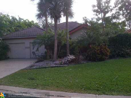 800 SW 87th Ter - Photo 1