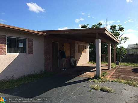 2664 NW 26th St - Photo 1