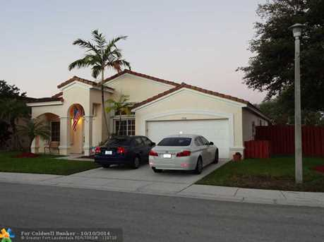 1758 SW 108th Wy - Photo 1