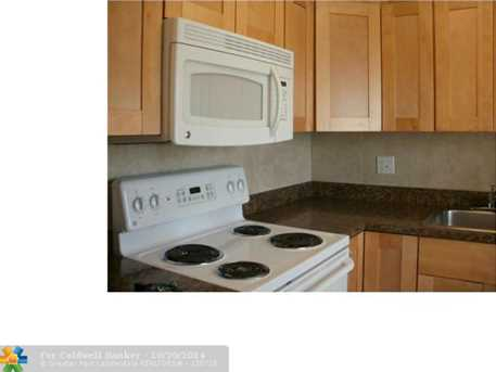 2555 NE 11th St, Unit # 903 - Photo 1