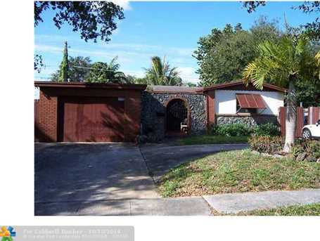 3720 NW 65th Ave - Photo 1
