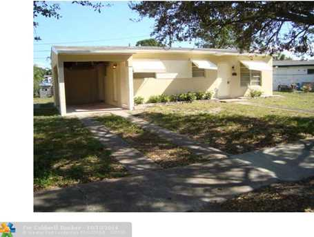 432 SW 25th Ter - Photo 1