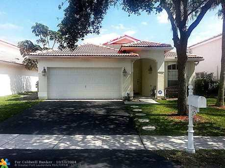 2789 NW 79th Ave - Photo 1
