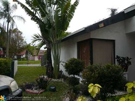 7000 NW 49th Pl - Photo 1