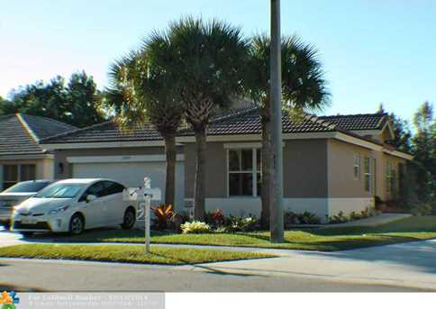 20880 NW 14th St - Photo 1