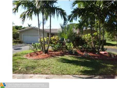 2580 NW 105th Ter - Photo 1