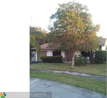 9104 NW 32nd Pl - Photo 1