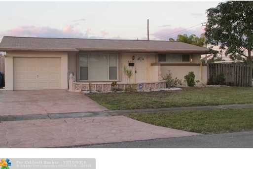 8501 NW 25th St - Photo 1