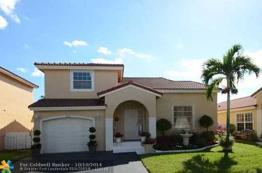 12714 NW 13th St - Photo 1
