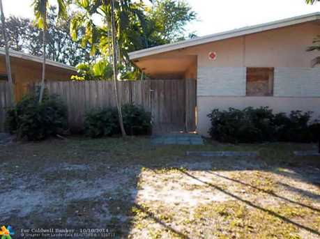 547 SW 14th Ave - Photo 1