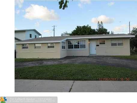 1401 NW 175th St - Photo 1