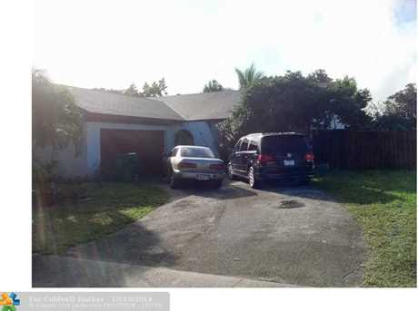 8120 NW 45th St - Photo 1