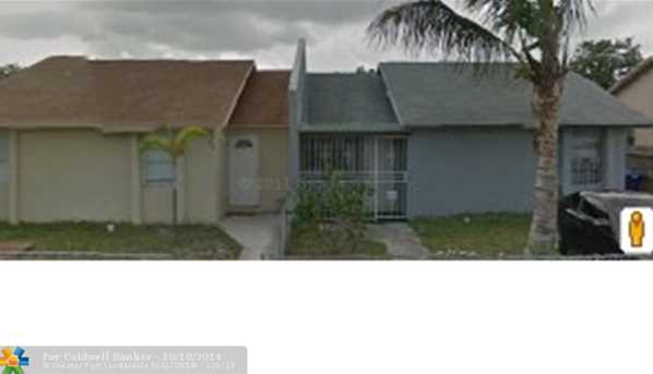 3502 NW 194th Ter - Photo 1
