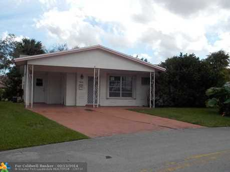 4600 NW 29th Ter - Photo 1