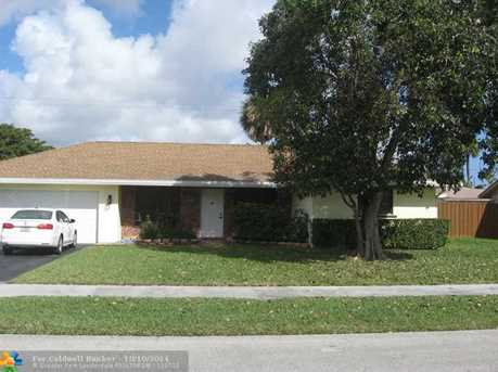 1721 NW 43rd St - Photo 1