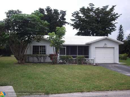 8003 NW 107th Ter - Photo 1