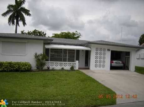 4622 NW 47th St - Photo 1