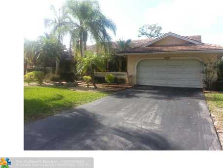 8742 NW 50 Dr - Photo 1