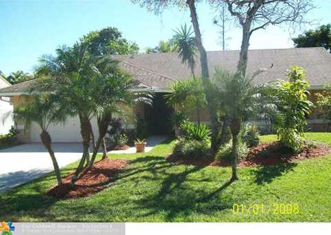 4010 NW 23rd Ct - Photo 1