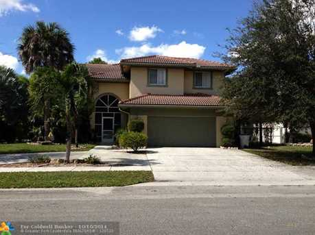 6411 NW 44th Ave - Photo 1