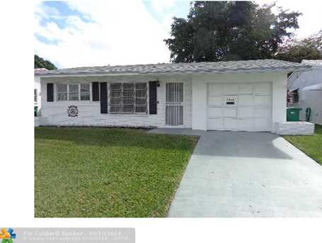 4916 NW 54th St - Photo 1