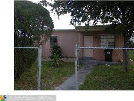 2200 NW 7th Ct - Photo 1