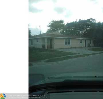 3406 Oswego Ave - Photo 1