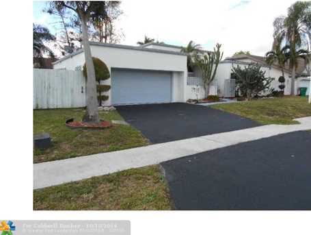 7178 NW 49th Pl - Photo 1
