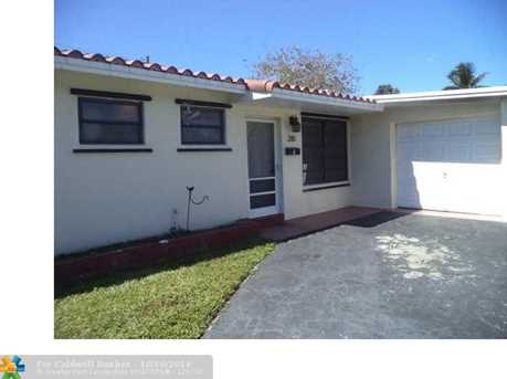 281 NW 49th Ave - Photo 1