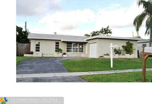 11661 NW 29th St - Photo 1