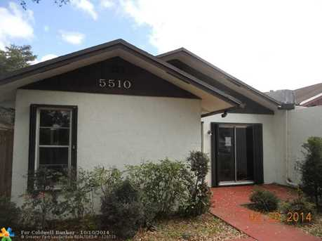 5510 SW 43rd Ter - Photo 1
