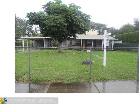 421 NW 50th St - Photo 1