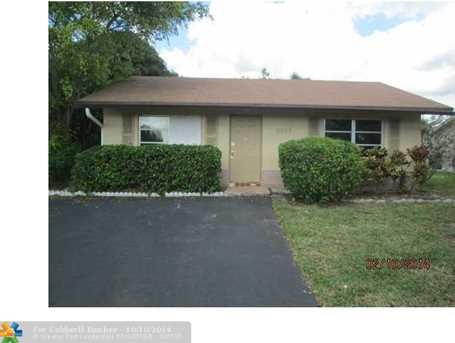 9207 NW 82nd Ct - Photo 1