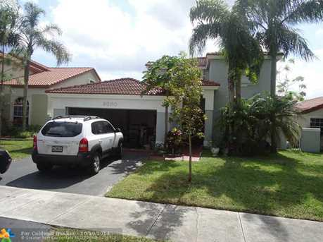 5080 NW 56th St - Photo 1