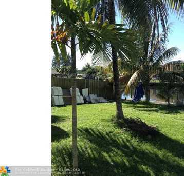 4413 SW 37th Ave - Photo 1
