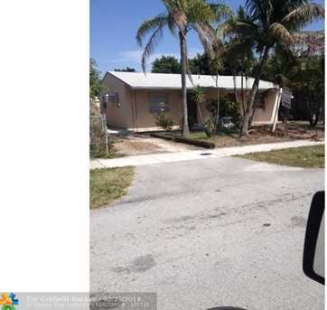4131 SW 18th Ct - Photo 1